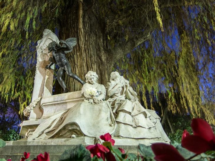 Glorieta de Gustavo Adolfo Bécquer, parque Maria Luisa, Sevilla