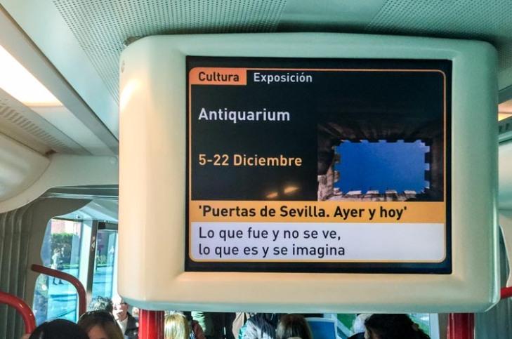 anuncio en el tranvía. /Eduardo Briones