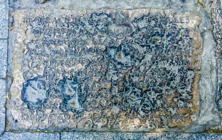 Piedra borrada. /Eduardo Briones